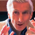 La scommessa di Martin Rees sul futuro della cosmologia