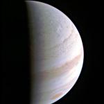 Juno completa con successo il suo primo sorvolo operativo di Giove