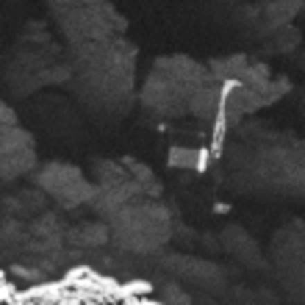 Spazio, Philae ritrovato da Rosetta: era incastrato in una roccia