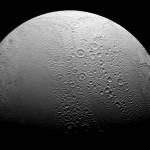 Encelado bifronte. I due volti della luna di Saturno