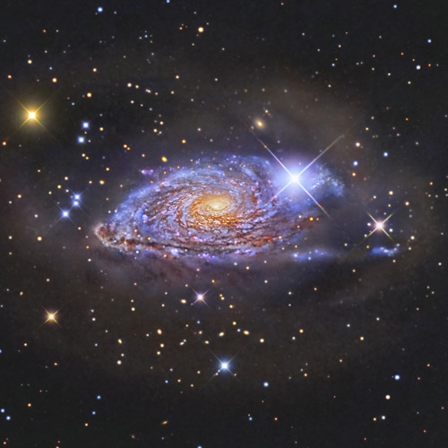 La furtiva ombra di 10 ammassi di galassie