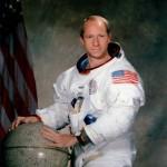 """È morto l'astronauta Alfred """"Al"""" Worden"""
